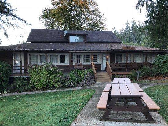 Lake Quinault Lodge : photo1.jpg