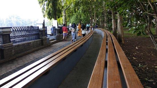 Taman Air Mancur Sri Baduga