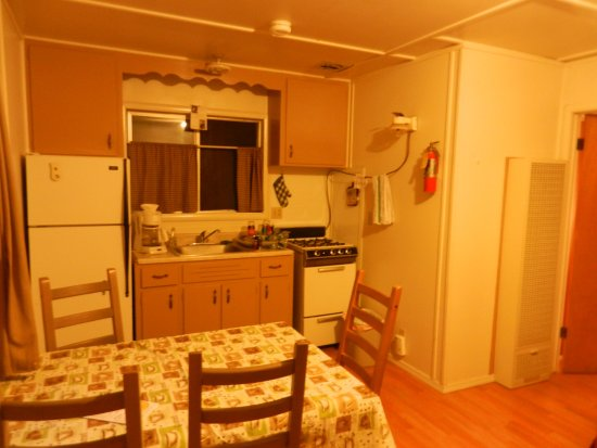 Mill Creek, Kalifornia: Cabin 7 - Kitchen