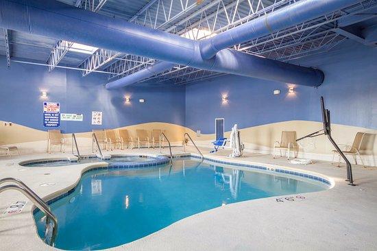 Sheboygan, WI: Pool