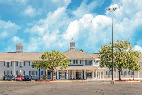 Grandville, MI: Exterior