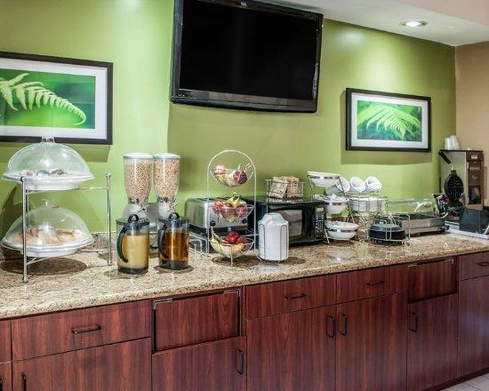 Econo Lodge Champaign Urbana University Area Updated 2018 Hotel Reviews Price Comparison