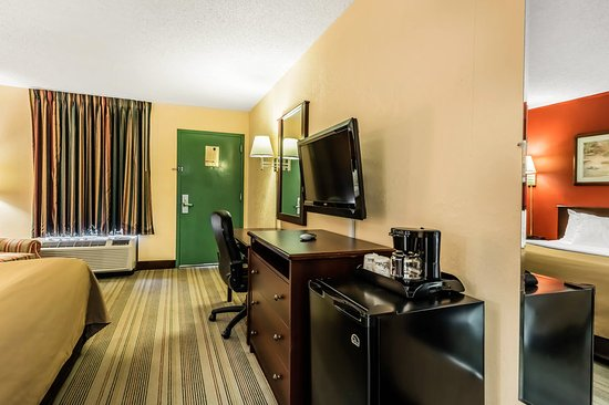 Rodeway Inn Gordonville: Guest room