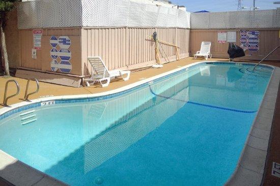 Gilroy, CA: Pool