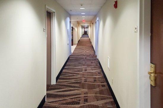 North Lima, OH: Corridor