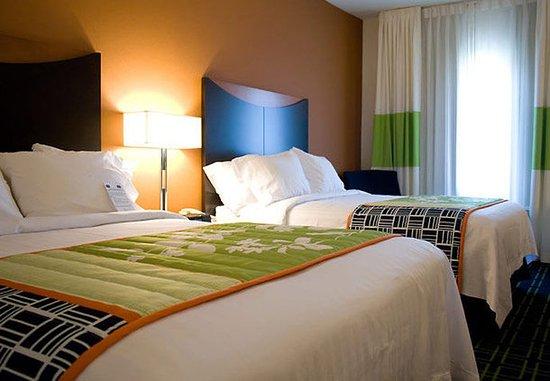 Bartlesville, OK: Queen/Queen Guest Room