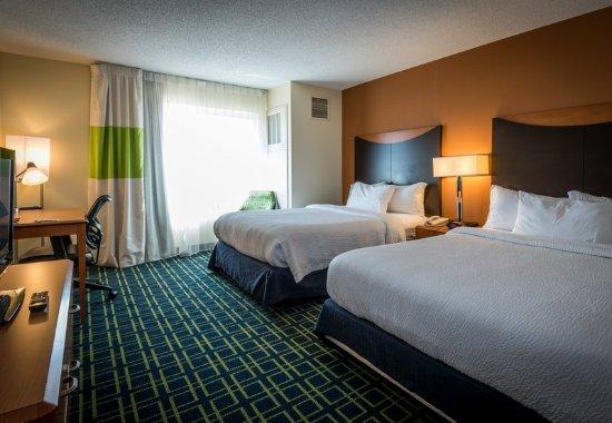 Saltillo, MS: Queen/Queen Guest Room