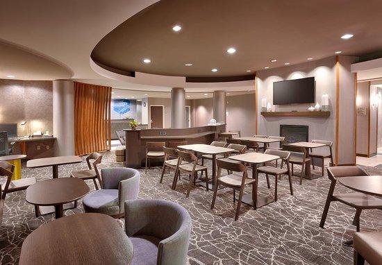 Thatcher, AZ: Lobby - Sitting Area