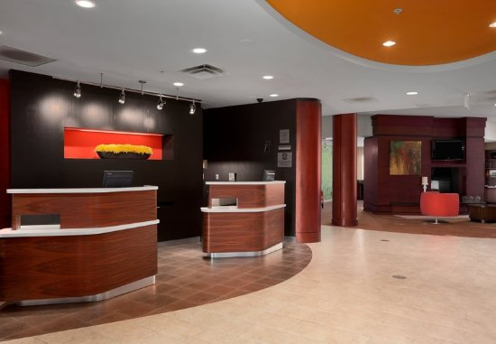 Wall Township, NJ: Front Desk