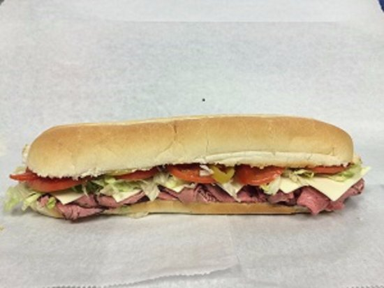 Winsted, CT: FootLong Roast Beef Sub
