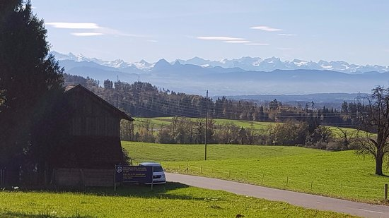 Hittnau, Sveits: what a view into the Swiss alps