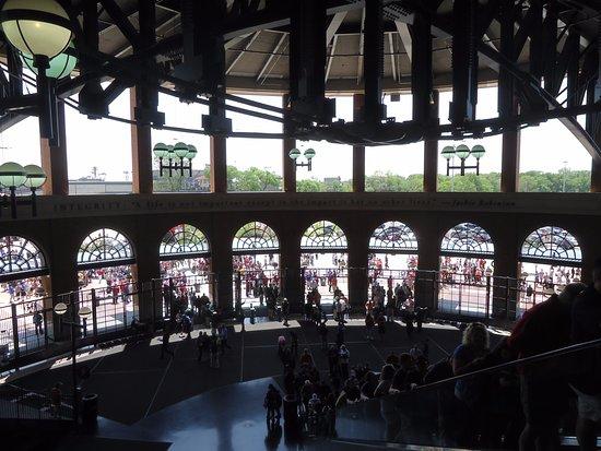 Citi Field : Jackie Robinson Rotunda