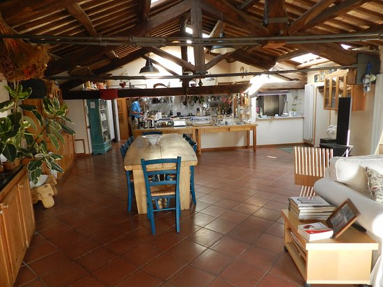 Casperia, Italy: Kitchen/dining area