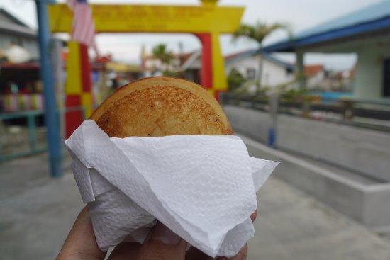 Selangor, Malaysia: Fried ice cream cake