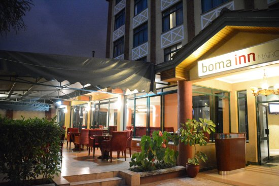 Boma Inn Nairobi: Outside at dawn.
