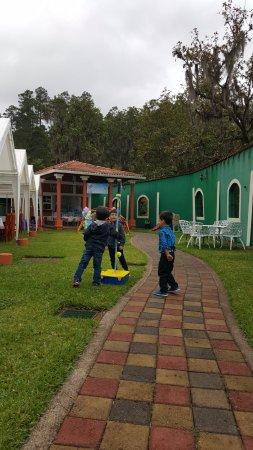 Santa Lucia, Honduras: área infantil