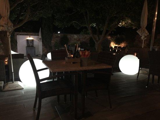 Pizzeria Casavostra: Terrasse