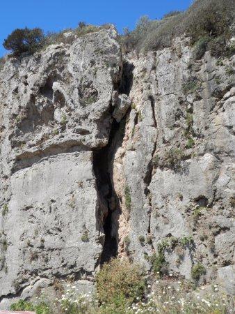 Ansedonia, İtalya: Spacco della regina