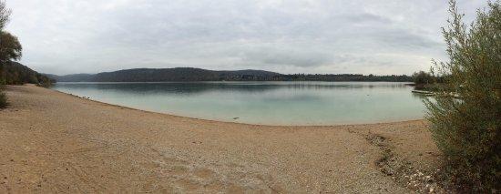 Doucier, Francia: vue sur la lac