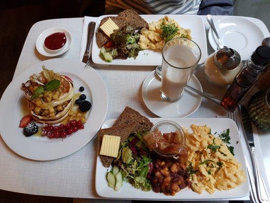 Cafe Krone Berlin Brunch