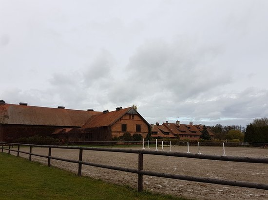 Bartoszyce, Poland: Palac i Folwark Galiny