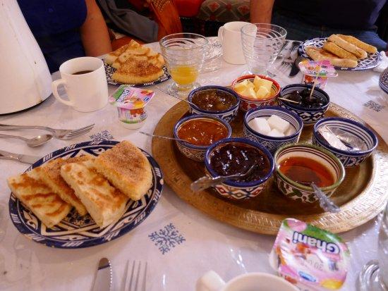 Riad Tayba: petit déjeuner