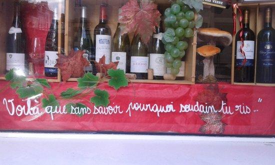 Montigny-les-Monts, Prancis: Bar à vins, excellente cuisine, dans le centre de Troyes