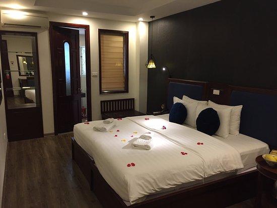 Holiday Emerald Hotel Hanoi Tripadvisor