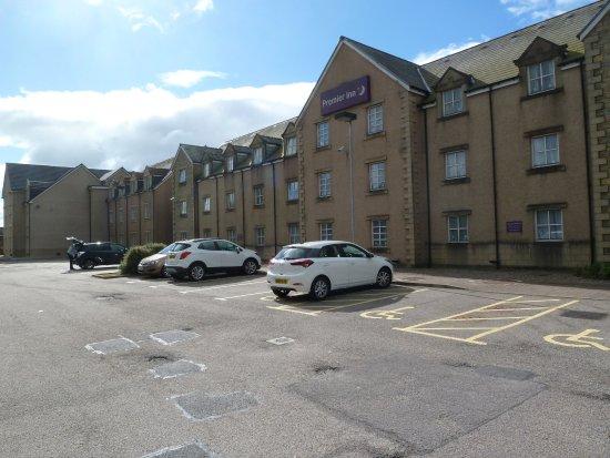 Westhill, UK: Large car park
