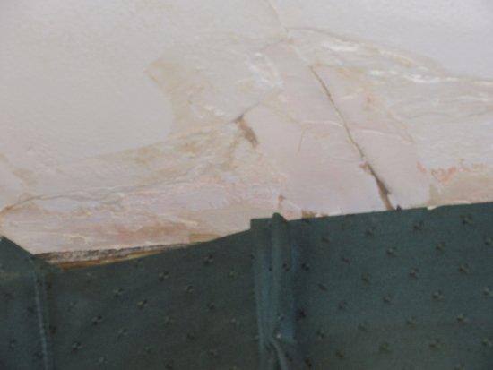 Hicksville, Nowy Jork: water damage
