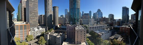 Warwick Seattle: Great view from Emerald Suite