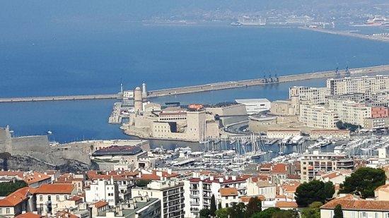 Petit Train Marseille : Panorama da Notre Dame de la Guarde