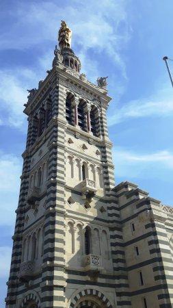 Petit Train Marseille : Notre Dame de la Guarde