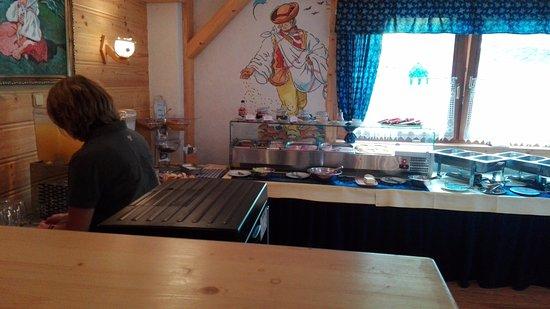 Demänovská Dolina, Slovensko: Ontbijt buffet
