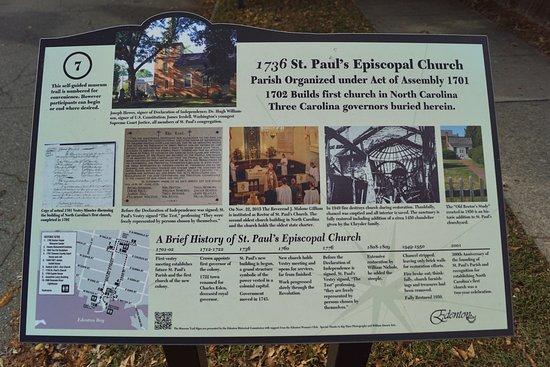 Historic Edenton: Walking tour sign by St Paul's Episcopal church