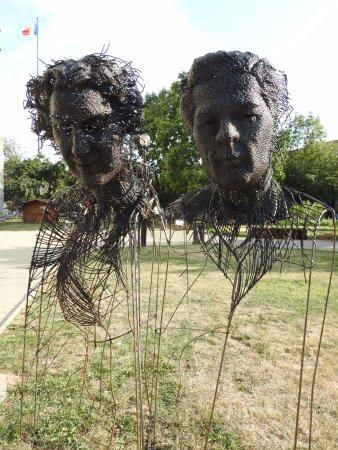Evangelical Church: Sculptures by Darius Hulea
