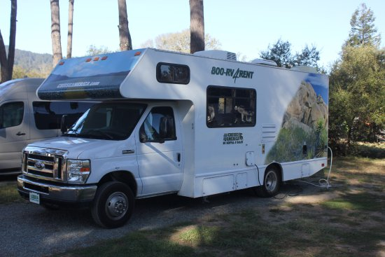 Olema, CA: Slot for a 25 feet RV