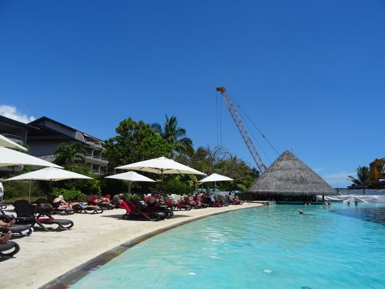 Manava Suite Resort Tahiti: you can see that a block of lagoon view rooms directly overlook the building site