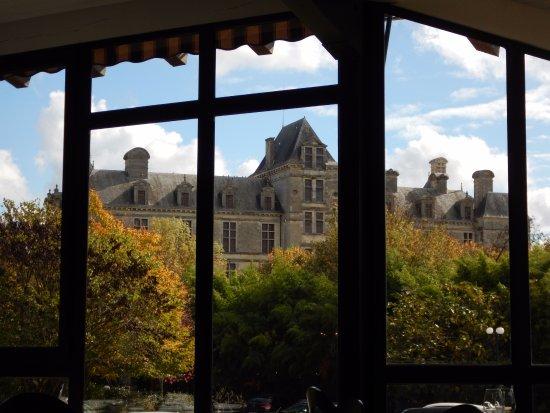 Beguey, Francja: Vu sur le château de Cadillac de la salle