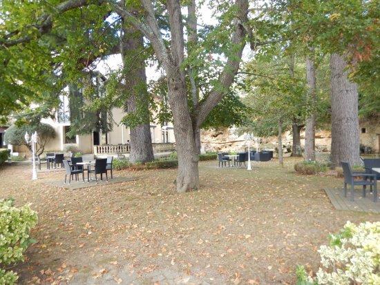 Beguey, Francja: La terrasse du restaurant
