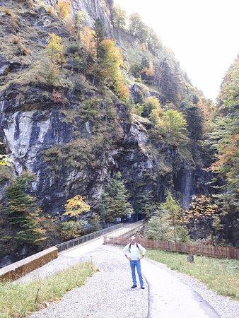 Pfaefers Dorf, Schweiz: L'entrée du site