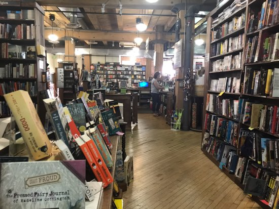 Tattered Cover Bookstore : Inside
