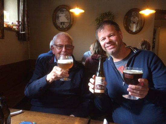 Fouron-le-Comte, Belgium: Veel heerlijke bieren!