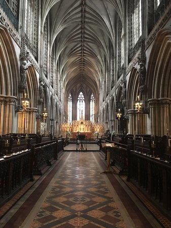 Lichfield Cathedral: The High Altar