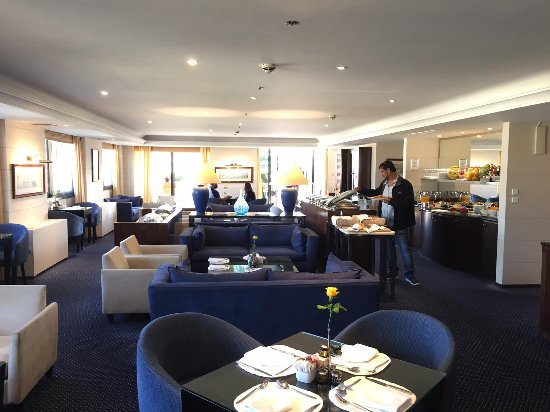 InterContinental Athenaeum: The Club - available for Club room residents