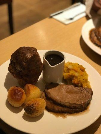 Lowick, UK: Sunday Lunch