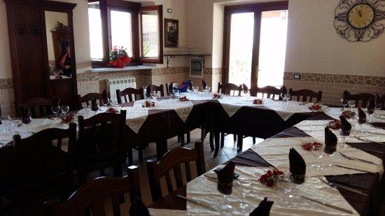 Gimigliano, Italy: ristorante allestito per un pranzo di compleanno