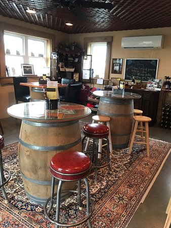 Kennedyville, MD: Wine Tasting Room