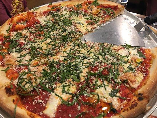 Andolini's Pizzeria: photo0.jpg