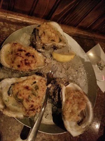 Half Shell Oyster House: photo1.jpg